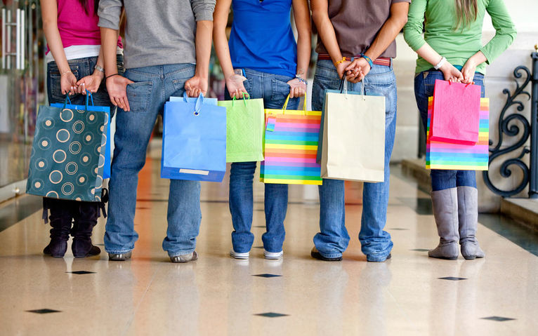 Teenages Shopping